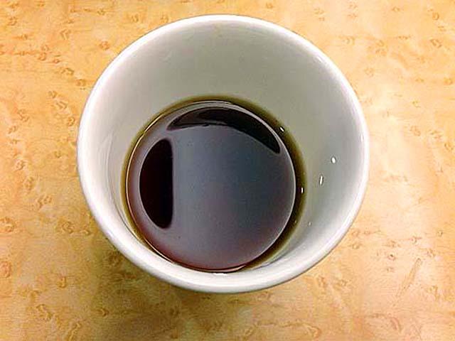 食後のお茶がまた美味しい。ホットなだけにホッとします