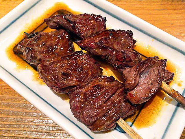上野の大人気老舗大衆酒場「大統領」の牛ハラミ焼