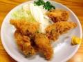 [千駄木][谷中][日暮里][和食][天ぷら][焼き鳥][焼きそば][鍋][居酒屋]秋から冬にかけてのカキフライも外せない一皿