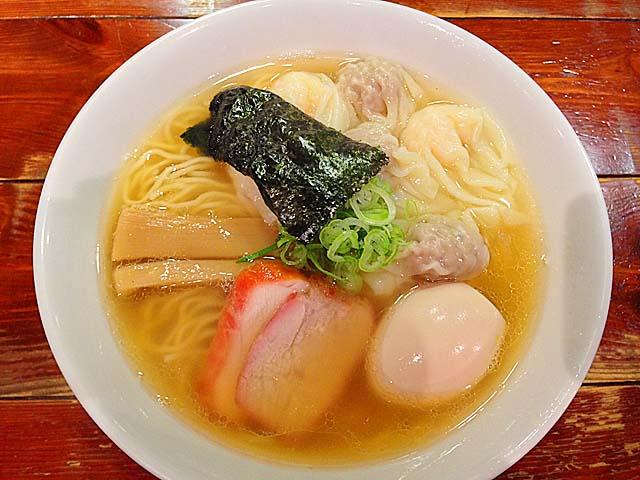 池尻大橋「八雲」の白だし特製ワンタン麺