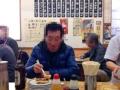 [亀戸][餃子]実際、細身なお父さんは5皿目を消化中
