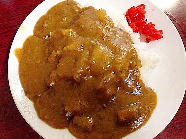 学生時代の給食を思い出すカレーライス@神田「栄屋ミルクホール」