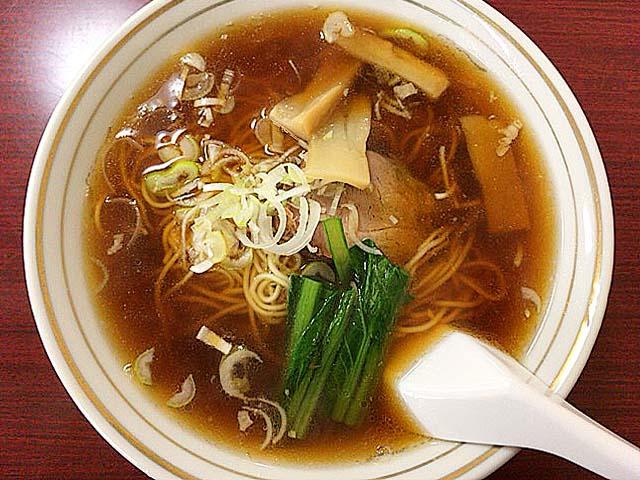 アッサリテイストの鶏ガラ醤油ラーメン@神田「栄屋ミルクホール」