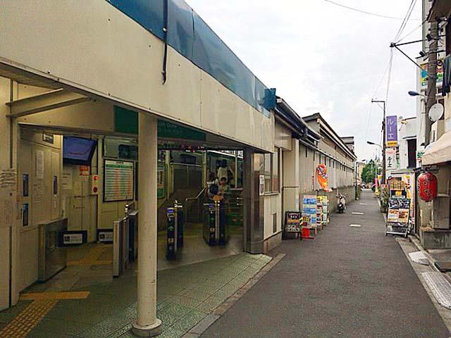 JR埼京線・十条駅南口改札前