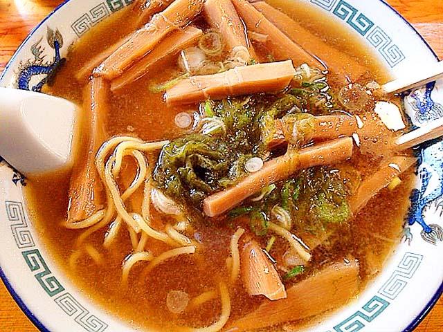 ある程度食べ進めた状態、それでもメンマ多し@名古屋「好来道場」