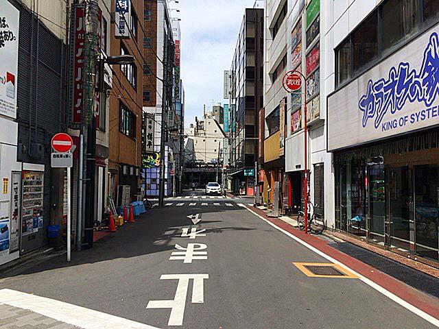 JR神田駅北口(西口)付近の通り