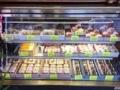 [浅草][入谷][ラーメン][菓子][甘味処][カフェ・喫茶店]入口左手のショーケース@浅草の老舗甘味処「山口家本店」