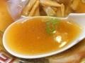 [荻窪][ラーメン]鶏ガラ・豚骨・数種類の野菜を煮込んだスープ@荻窪「マツマル」