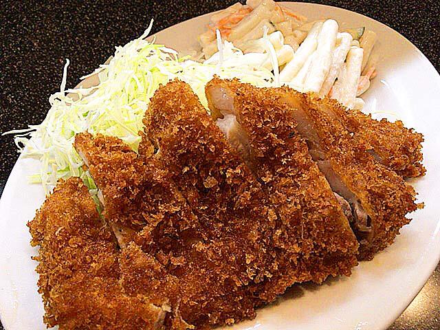 【都内最安クラス】東十条「みのや」の揚げたてロースとんかつ定食600円