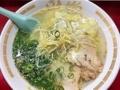 [大阪][千日前][ラーメン][餃子]大阪千日前で半世紀続く人気の老舗ラーメン店「小洞天」のワンタン麺