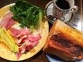 [大阪][中崎町][中津][梅田][パン][コーヒー][モーニング][カフェ・喫茶店]半分平らげても余裕で3人前くらい@大阪府中崎町で人気の老舗「喫茶Y