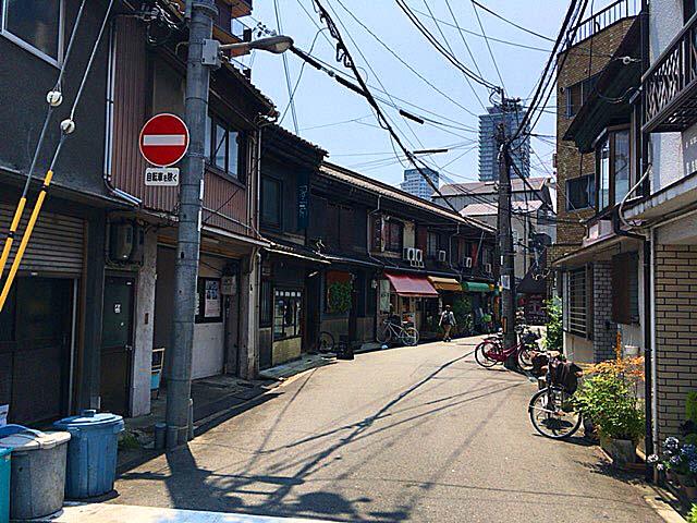 大阪府中崎町の町並み