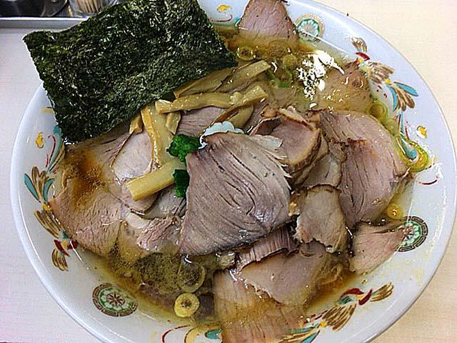 「青島食堂 秋葉原店」のチャーシュー麺追加150