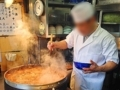 [築地][築地市場][和食][定食・食堂][丼もの]国産牛ホルモン煮込みの大鍋は「きつねや」名物