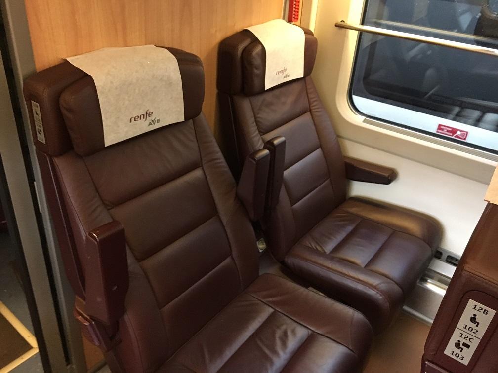 スペイン版新幹線Renfe ave preferente シート