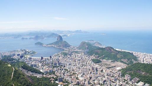 日本からブラジルまで行くルート タイトル
