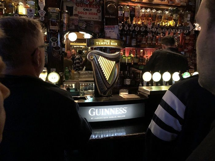 The Temple Bar (テンプルバー)カウンター