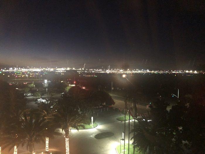 部屋からのサンフランシスコ空港