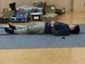 深く眠る舞監。