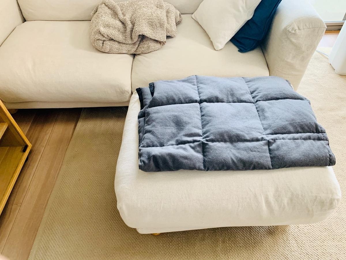 ソファとカーペット