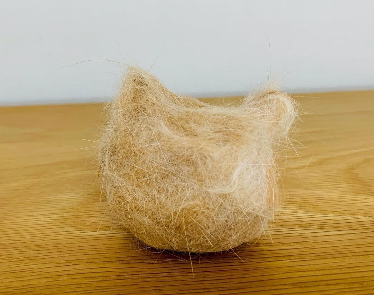 猫型るる毛ボール