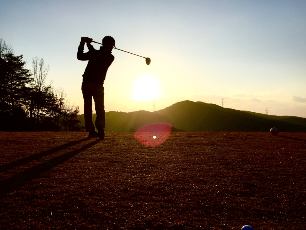 ゴルフスイング軸捻転の体幹トレーニング