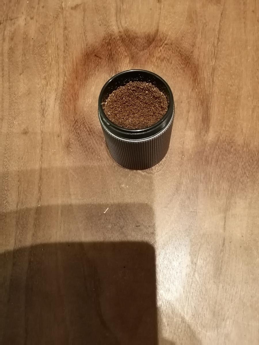 豆を挽いたあとの画像