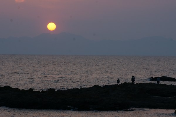次女が撮った夕日と海