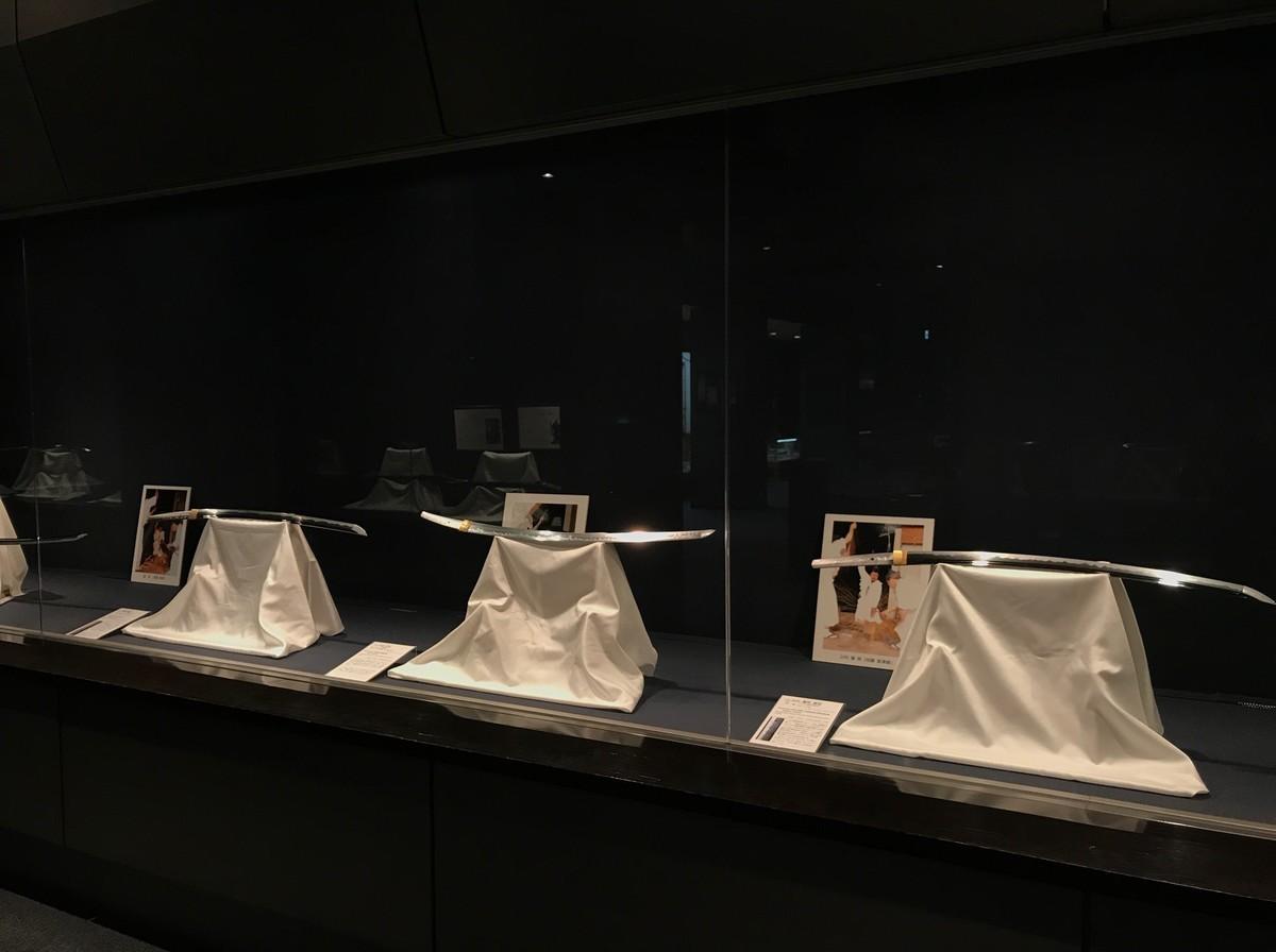 展示されている日本刀
