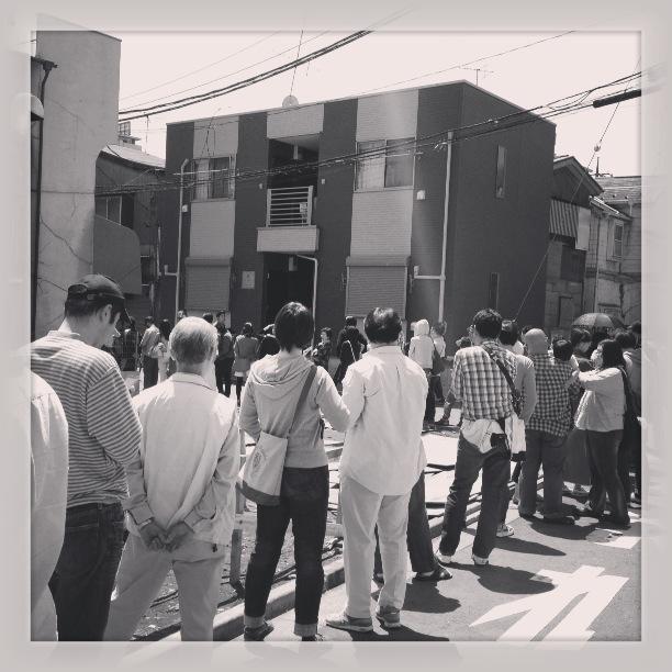 代田橋大勝軒30人くらい並んでる