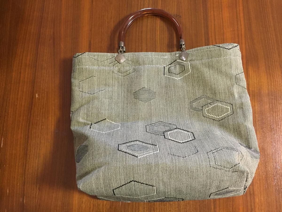 母親手作りのバッグ