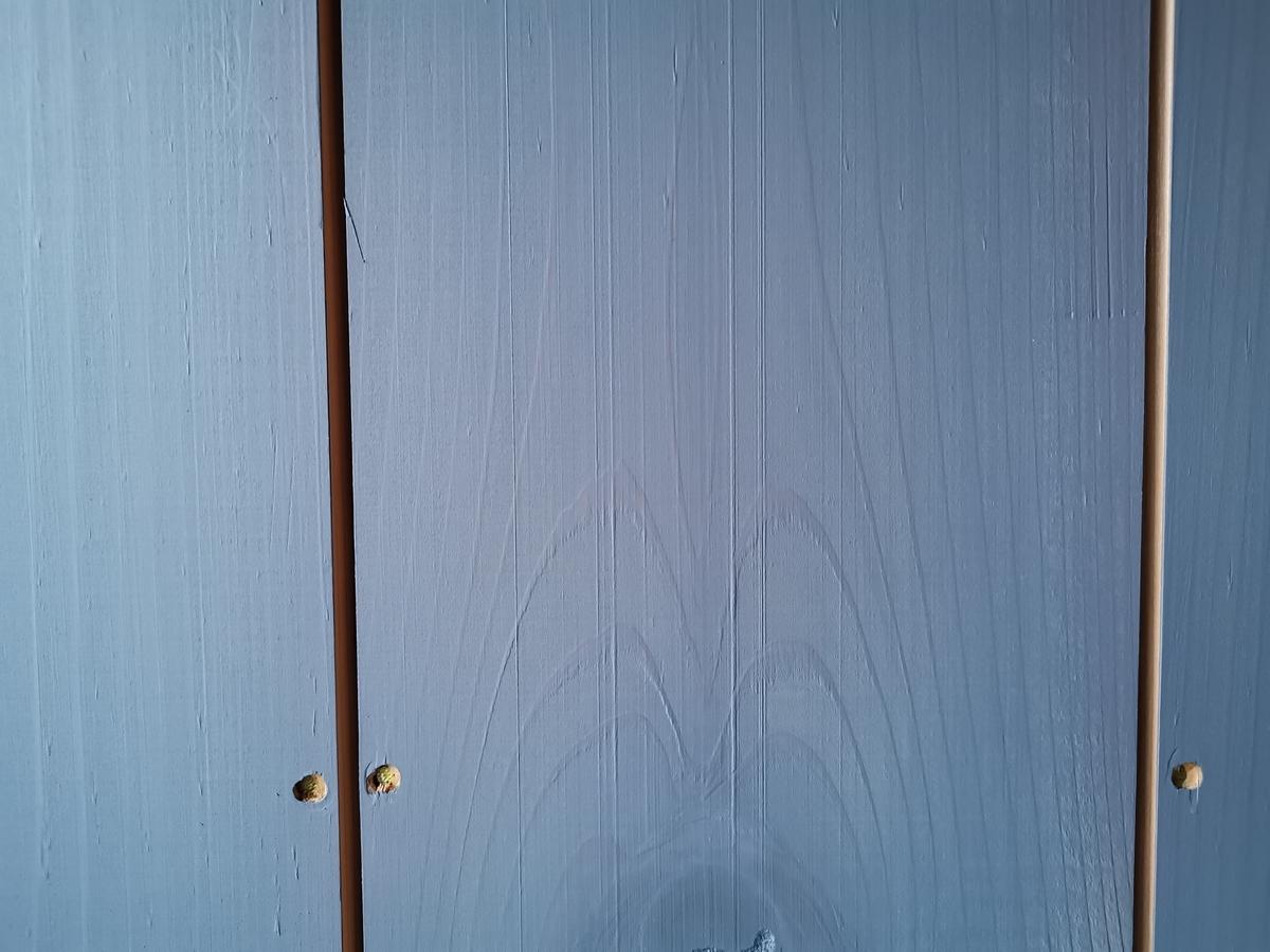 縦張り無垢杉材の外壁