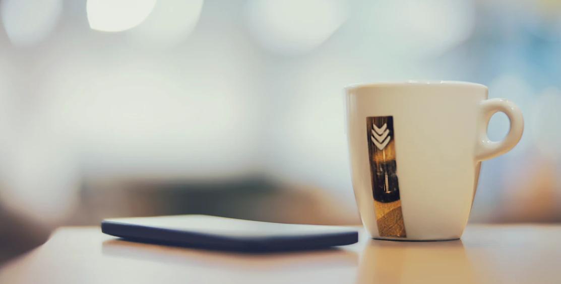 コーヒー片手に資料請求