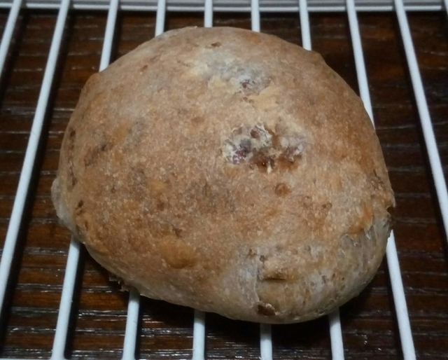 自家製レーズン酵母のプチパン