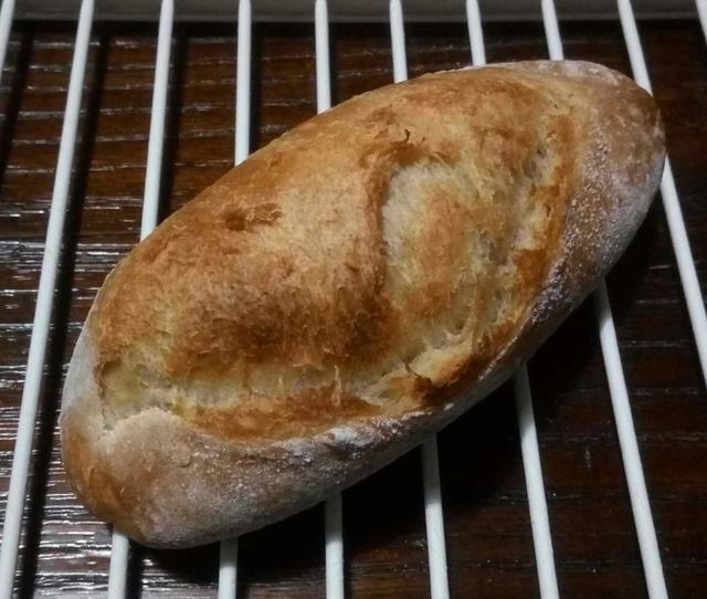 自家製レーズン酵母のライ麦パン