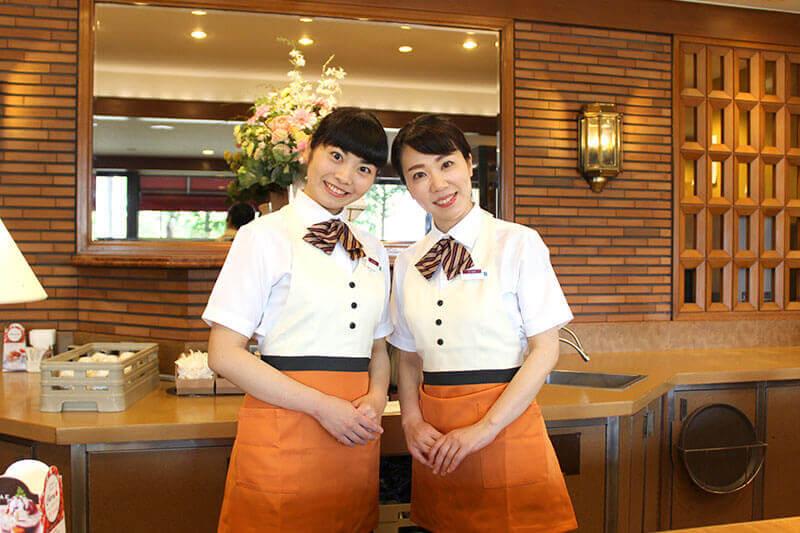 女性アルバイト・パートの制服がわかる画像