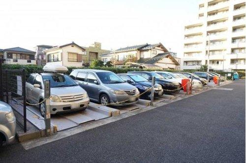 プラウド戸田公園フィールドの機械式駐車場