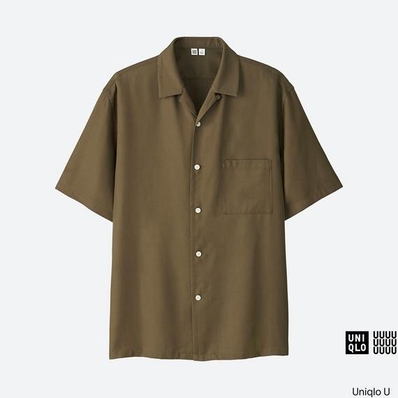 【ユニクロU】MEN オープンカラーシャツ(半袖)のカーキ
