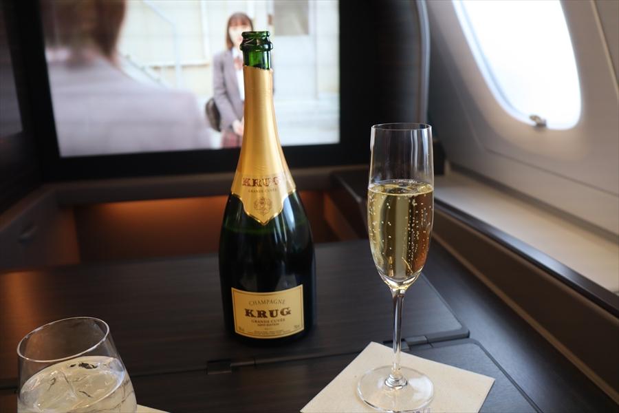 フライング ホヌ ファースト クラス 今年東京=ホノルルで就航!ANAのエアバスA380のファーストクラスを体...