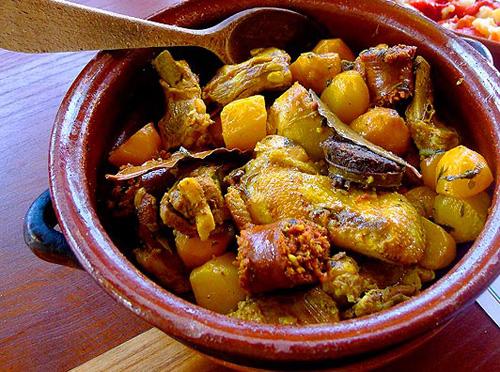 イビサ島の伝統料理肉