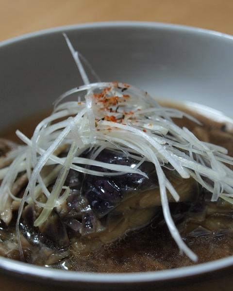 茄子の揚げ煮・味噌味・縦