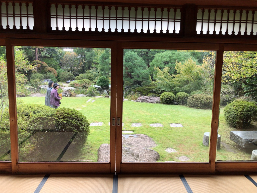f:id:tomoko-air-tokyo:20181029091212j:image