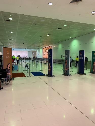 シドニー空港・シンガポール航空ファーストクラスチェックインカンター