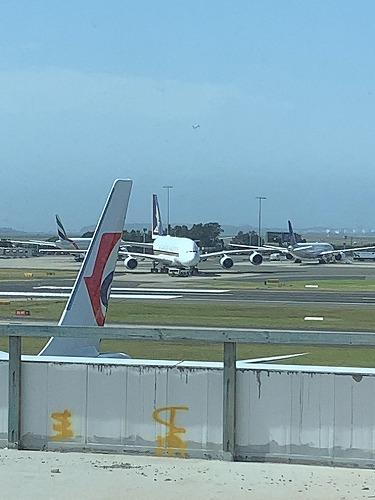 シドニー空港・シンガポール航空ファーストクラス乗客専用ラウンジ