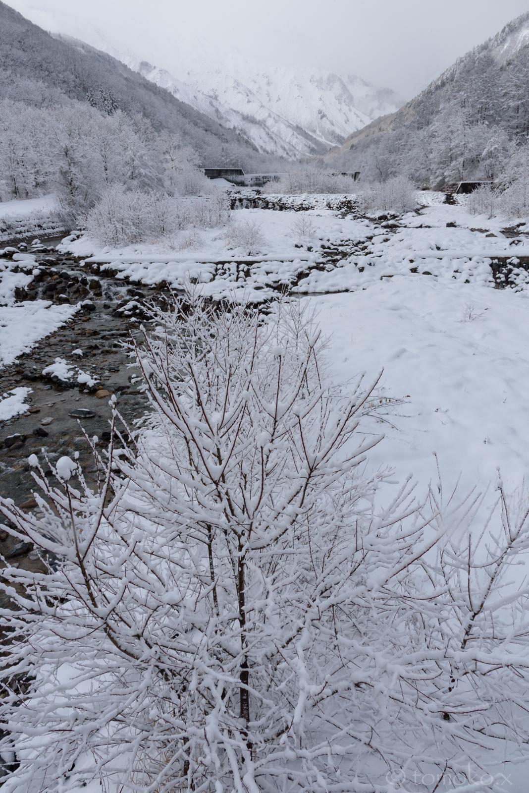 冬の北アルプス・唐松岳と南股入