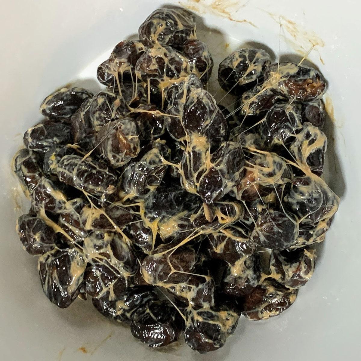 山口食品「黒豆納豆」の納豆の画像