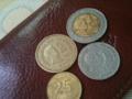 フィリピンの硬貨 (単位はペソ)