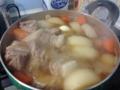 ギークハウス神戸、住人帰省につき、1人で豚の角煮パーティーを開催