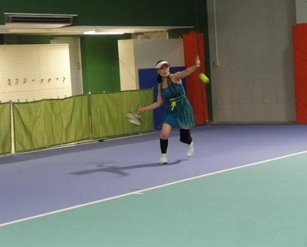 スマートテニスセンサー ユーザーボイス女子プレーヤーけい子さん