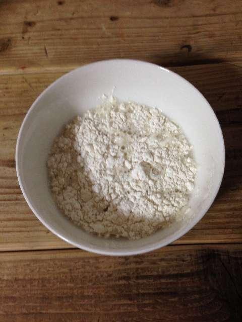 水と小麦粉
